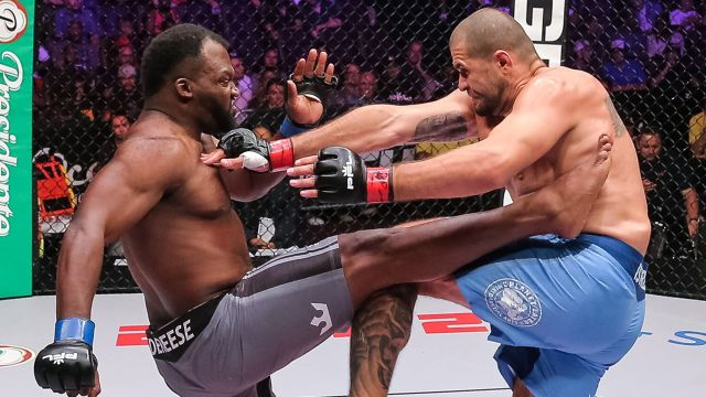 In Spanish - Professional Fighters League (PFL 6)