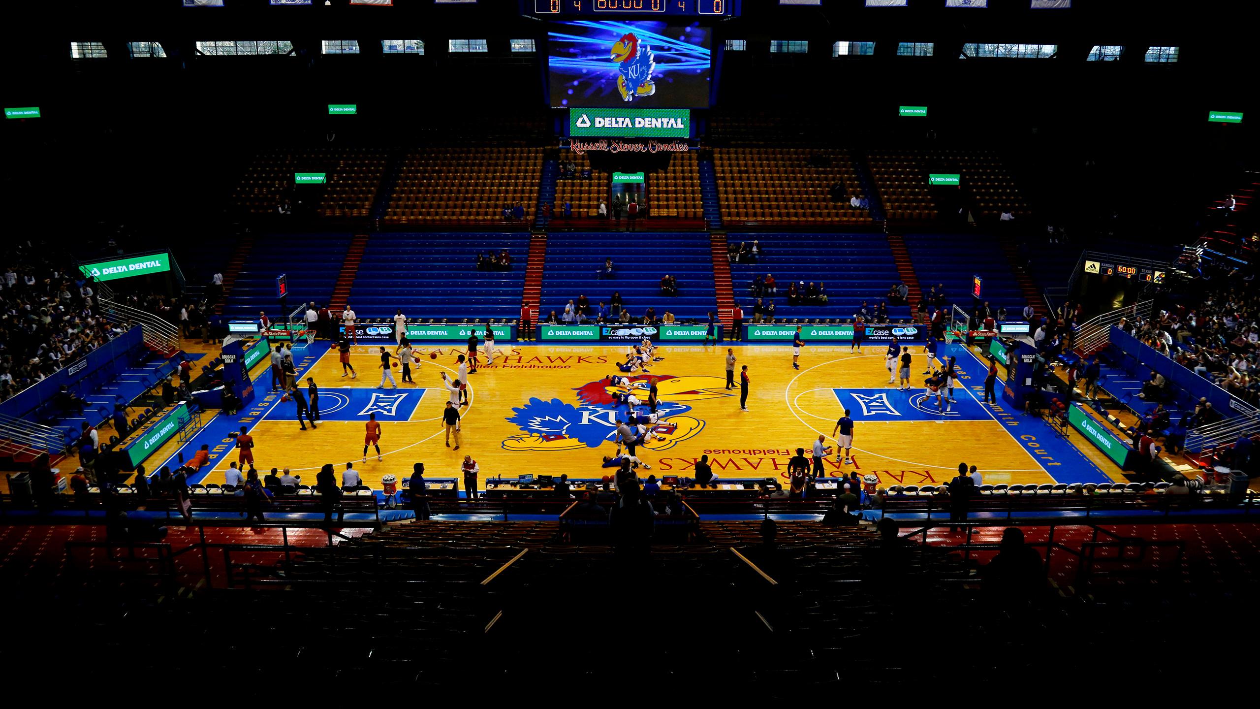 Above the Rim - #17 Villanova vs. #1 Kansas (M Basketball)