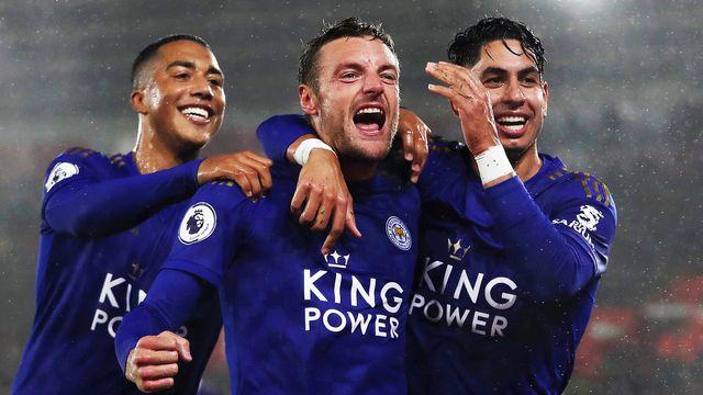 Melhores momentos - Southampton 0 x 9 Leicester