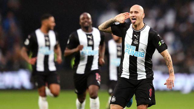 Melhores momentos - West Ham 2 x 3 Newcastle