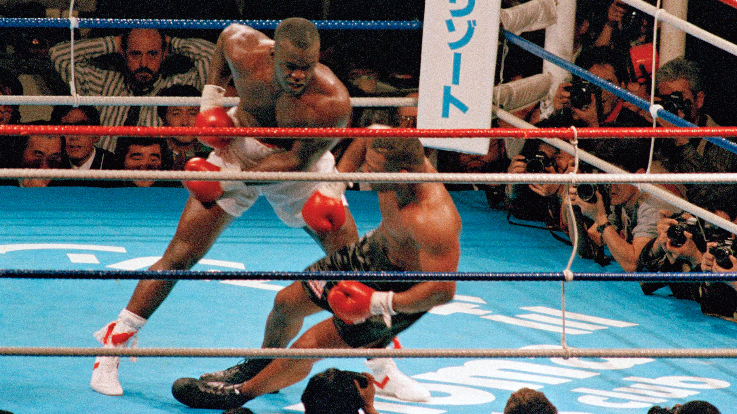 Buster Douglas vs. Mike Tyson (re-air)