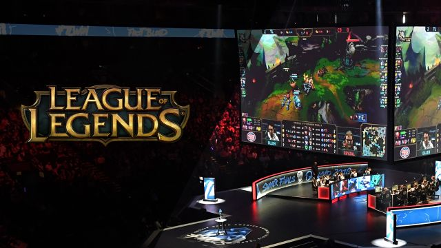 League of Legends Free Agency Show