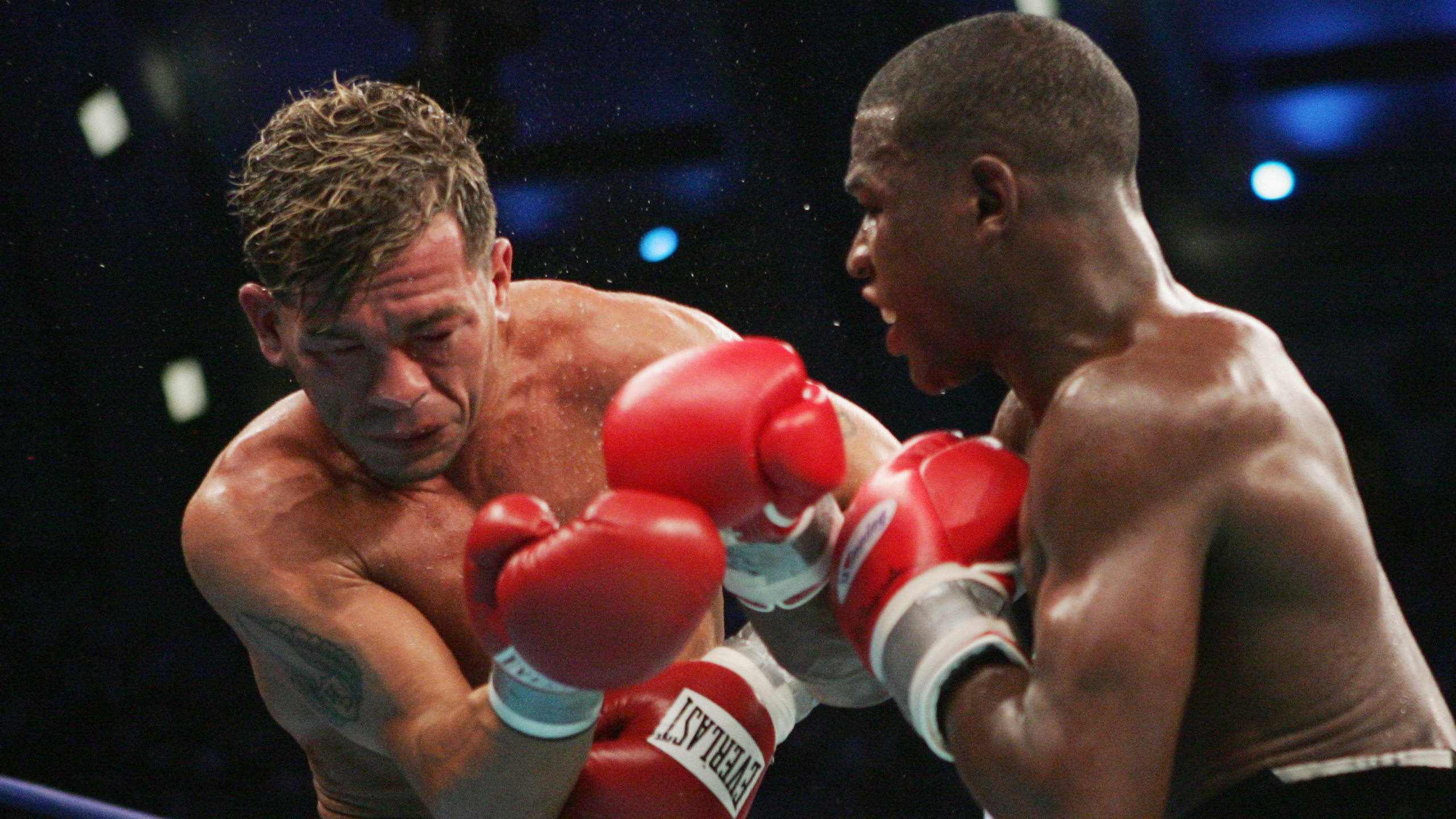 Floyd Mayweather Jr. vs. Arturo Gatti (re-air)