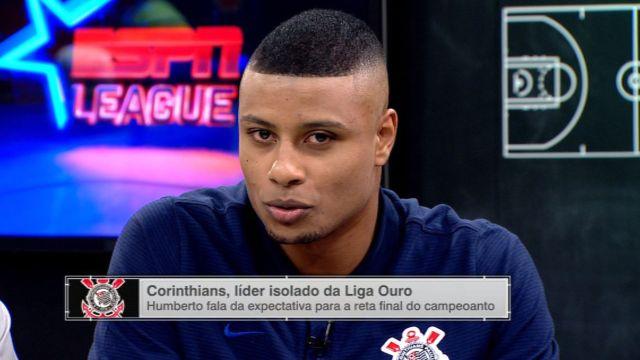 Convidado, jogador do Corinthians fala de carreira e analisa Capela, dos Rockets