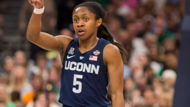 In Spanish-Notre Dame vs. #4 UConn (W Basketball)