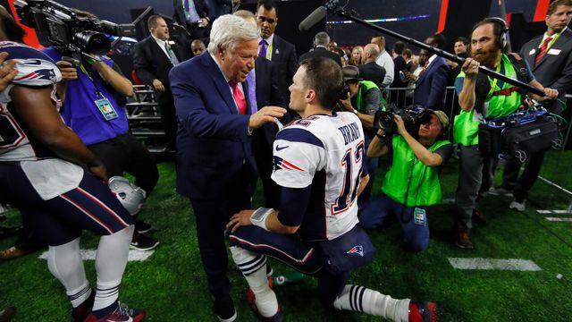 Dono dos Patriots elege Belichick melhor treinador da história e Brady sua melhor decisão na franquia