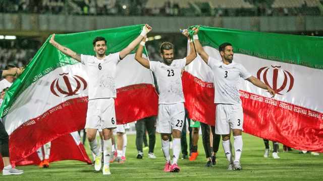 A luta do Irã para manter seu futebol vivo