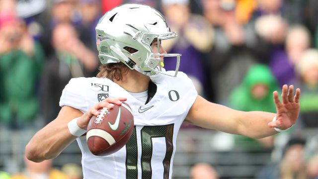 In Spanish-Washington State vs. #11 Oregon (Football)