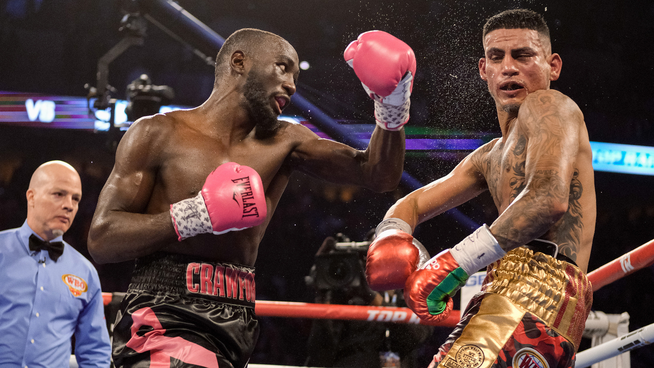 Terence Crawford vs. Jose Benavidez Jr. (re-air)